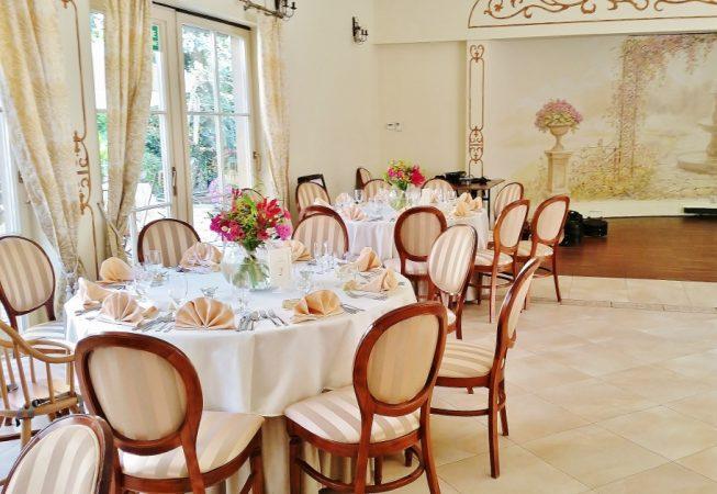 #restauracja #dekoracjasali #glorioza #nawłoć #solidago